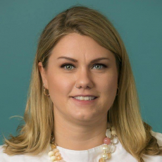Headshot of Angela McQuillan